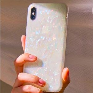 NWT Urban Outfitters iPhone XS Max Case Shimmer